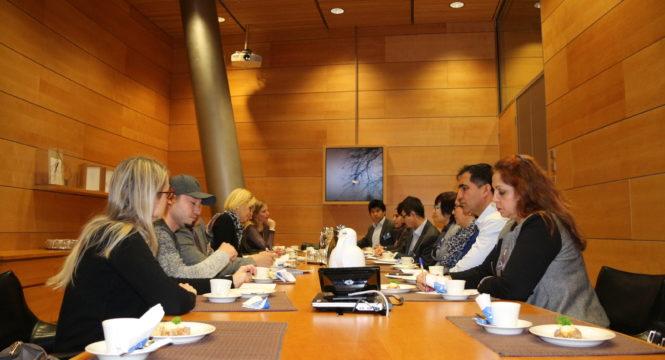 جلسه در پارلمان فنلند با رئيس و ديگر اعضای کميته حقوق بشر+عکس