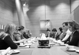 دیدار اتحادیه انجمنهای افغانستانی فنلند با رییس کمسیون حقوق بشرپارلمان فنلند17.11.2017