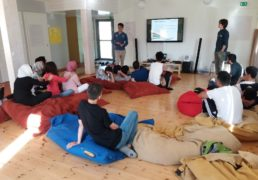 اردو برای جوانان کار مشترک اوراتی و کانون