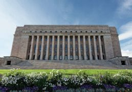 قابل توجه کاندیدان پارلمانی افغانستانی تبارها در انتخابات فنلند!